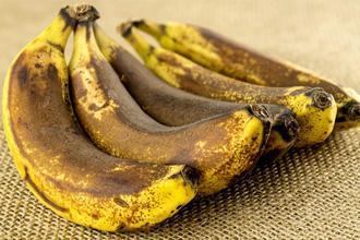 Не следует употреблять в пищу переспевшие фрукты